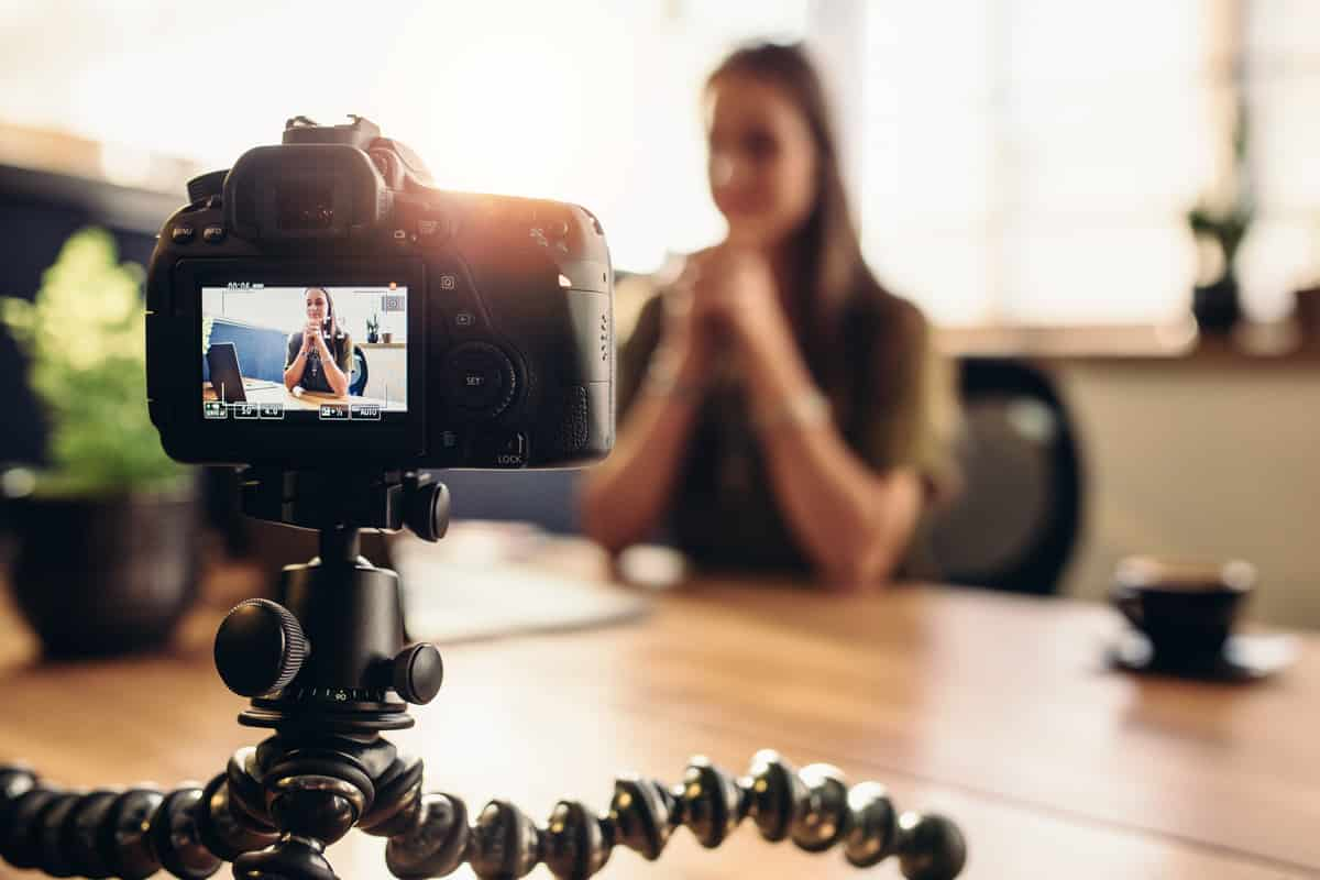 8 Benefits Of Adding Custom Video To Your Website